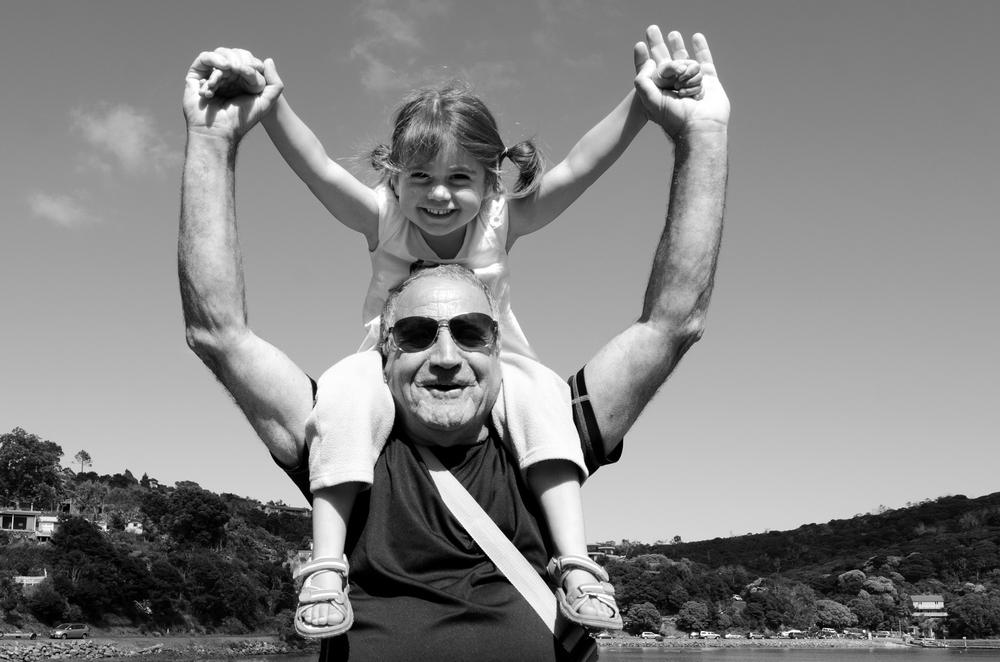 Abuelos, los nuevos cuidadores