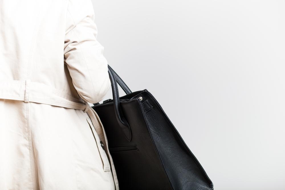 El exceso de peso en los bolsos puede provocar problemas de salud