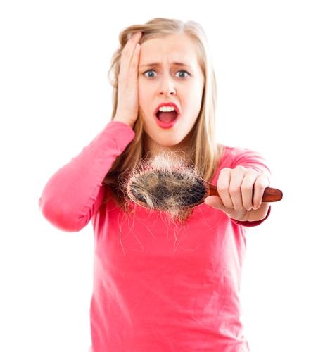 La tintura del pimiento y el aceite de bardana para el crecimiento de los cabello