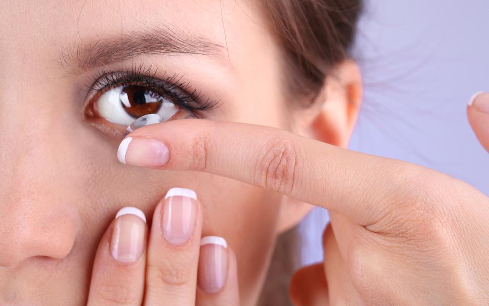 Cuida tus ojos; el cuidado de las lentillas