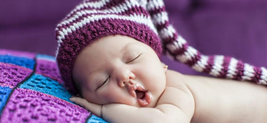 ¿Por qué duermen tanto los bebés?