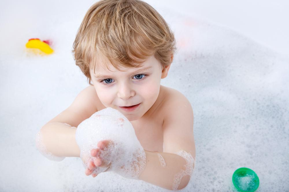 47. ¿Por qué se arrugan los dedos en el agua?