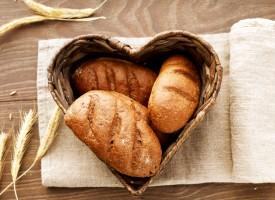 8 razones para comer pan integral a diario