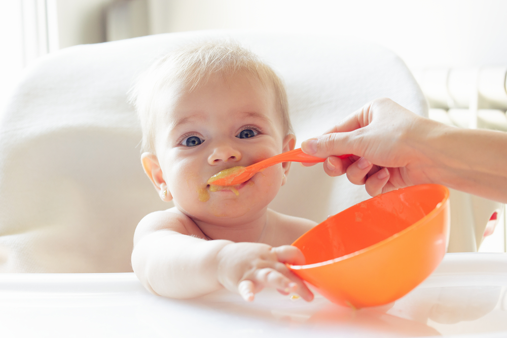 Alimentos que no debe comer un bebé