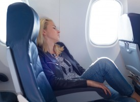 Consejos para evitar problemas vasculares en el avión