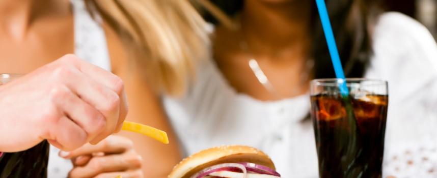 El 65% de los españoles afirma comer menos saludable que la generación anterior
