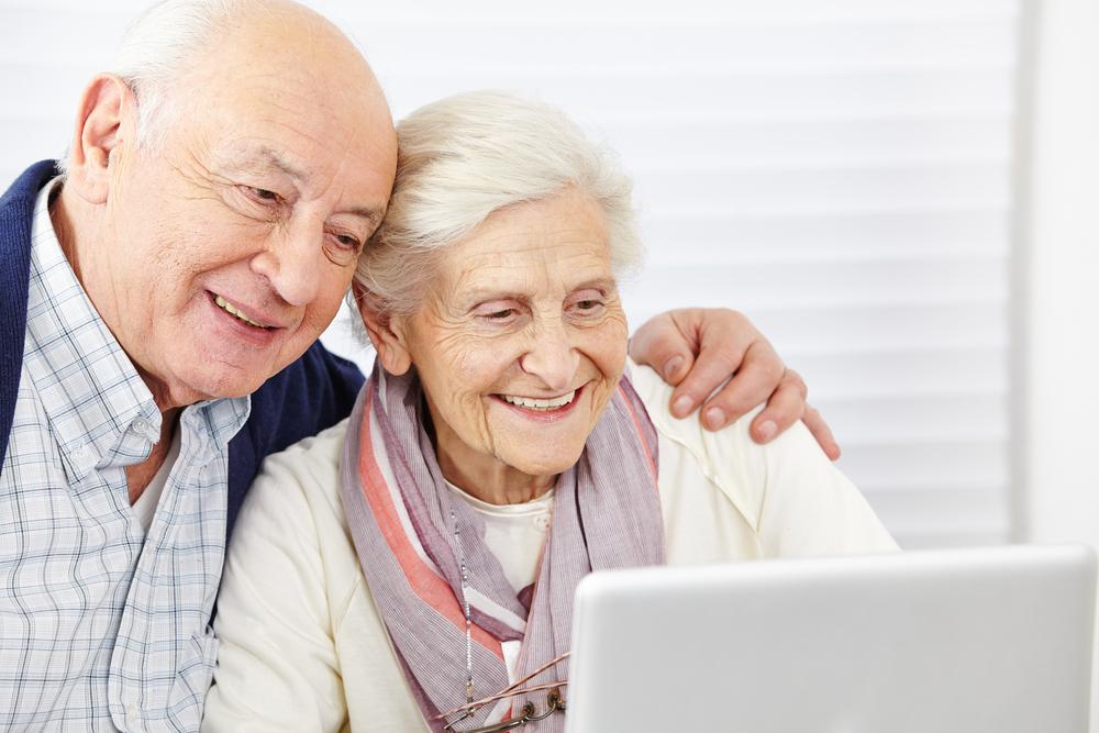 Europa lanza un programa para cuidar de nuestros mayores