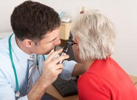 Presbiacusia: una de las enfermedades crónicas más frecuentes en mayores