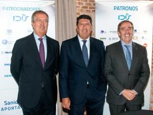 Ponentes del seminario (de izda a dcha) D. Luis Mayero, D.Manuel Vilches y D. Fernan Mugarza
