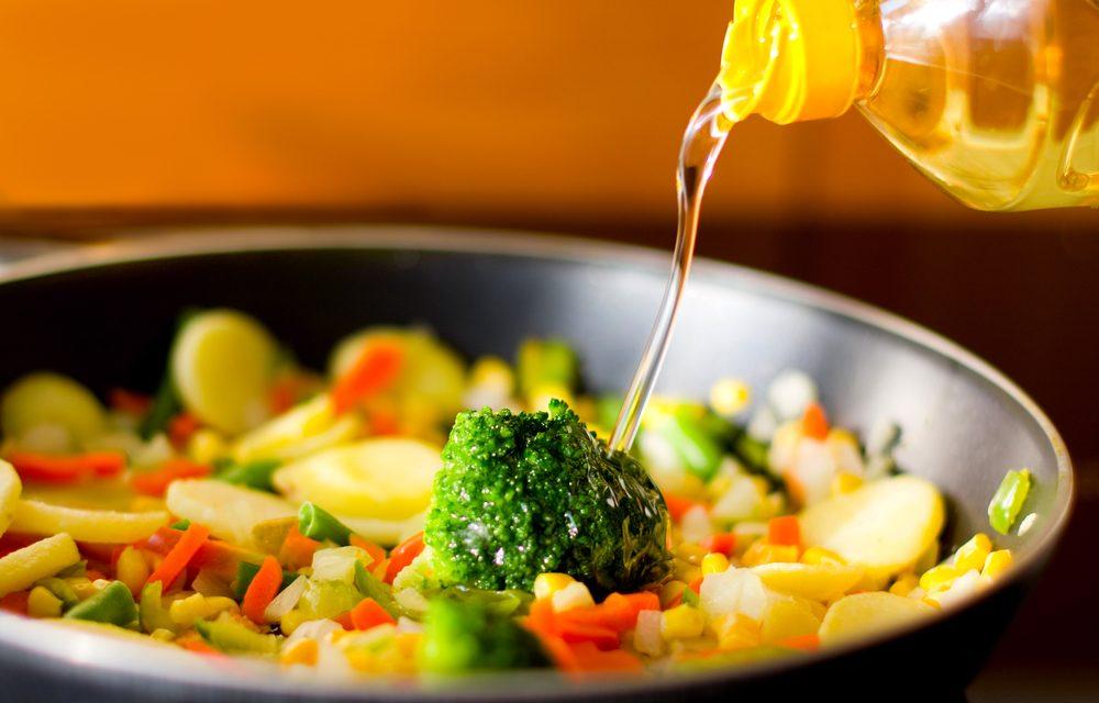 Reutilizar aceite, por tu salud toma nota de cómo hacerlo