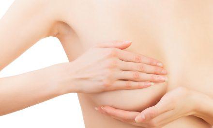 Cómo realizar una autoexploración mamaria