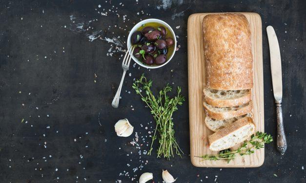 Dos raciones de pan al día ayudan a mantener el equilibrio calórico