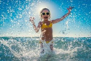 Niños y playa; consejos, salud, precauciones.
