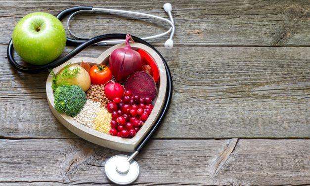 Bajar el colesterol con la ayuda de estas frutas